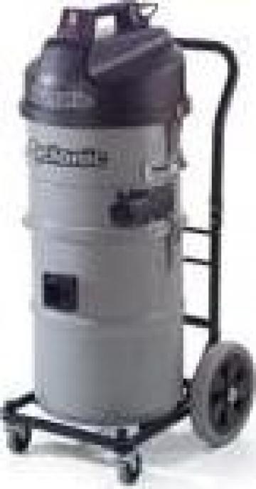 Aspirator industrial ciclonic Numatic NTD750C-2