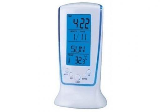 Ceas cu ecran LCD si termometru