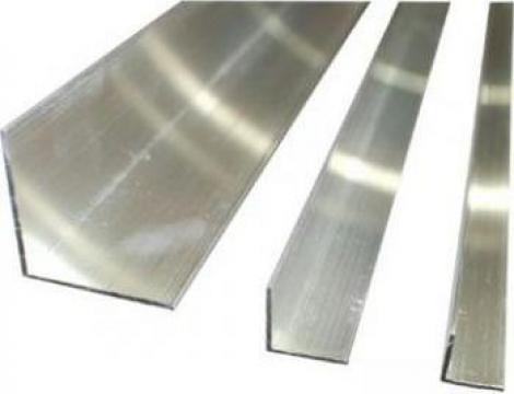 Cornier aluminiu