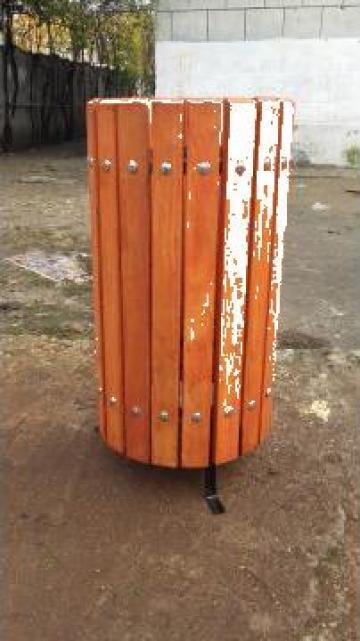 Cos gunoi stradal din sipci lemn fag