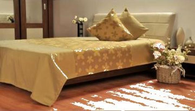 Cuvertura pat + doua perne