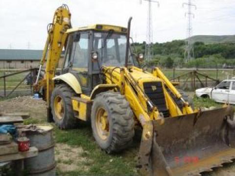 Dezmembrari buldoexcavator JCB 3CX Super