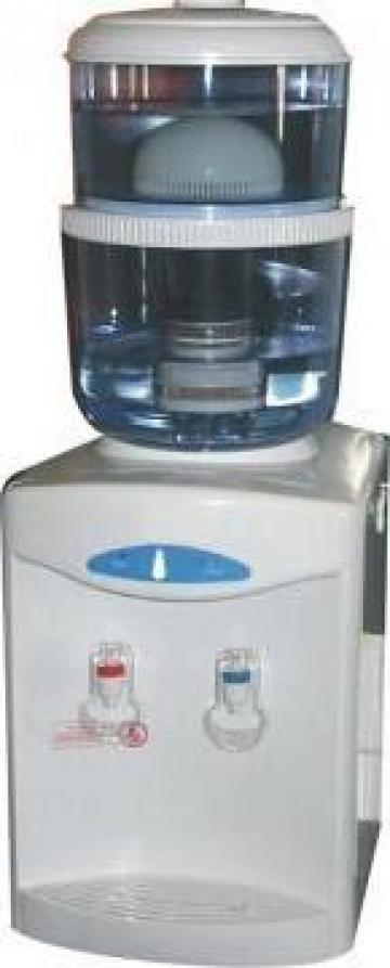Dozator de apa cu filtru purificator