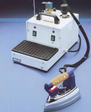 Generator aburi Unika cu fier de calcat