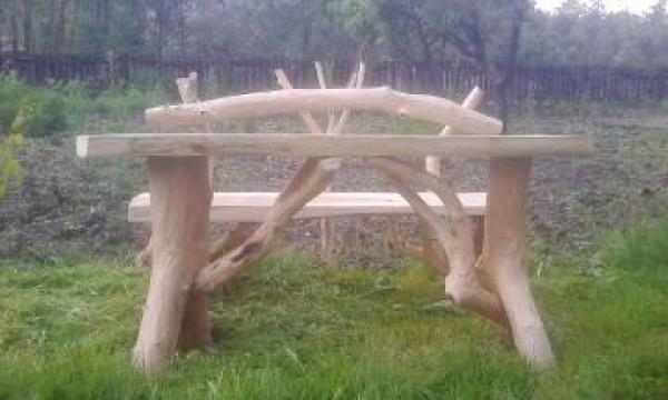 Masa rustica pentru gradina