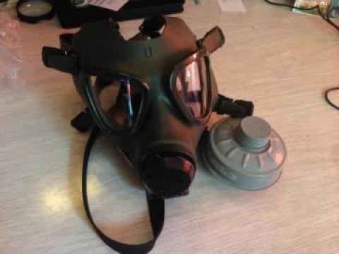 Masca de gaze si cartus filtrant