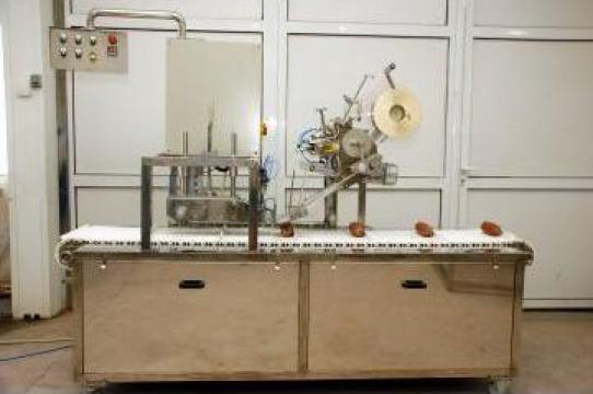 Masina de etichetat salam
