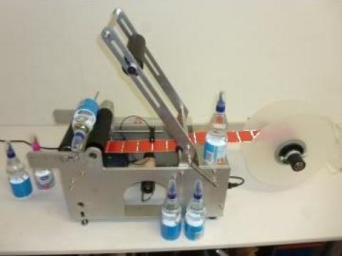 Masina etichetare semiautomata