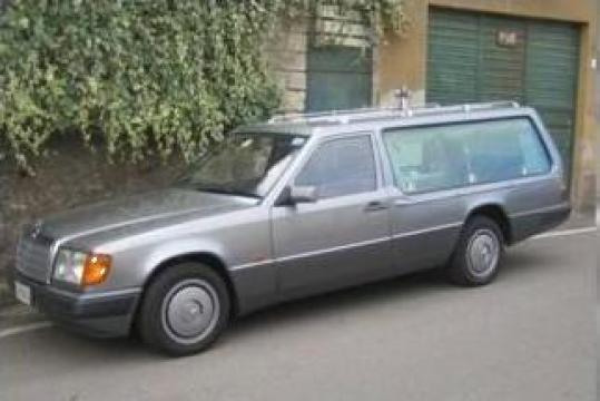 Masina mortuara Dric Mercedes