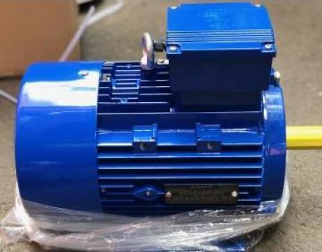 Motor electric 4kW x 3000rpm, cu talpi B3, 400V, clasa F