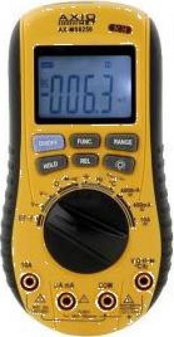 Multimetru digital cu detector de tensiune incorporat