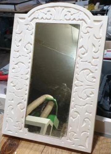 Oglinda plexic cu rama din lemn de tei