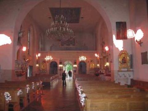 Panouri radiante cu lampi infrarosu ptr. incalzit catedrale