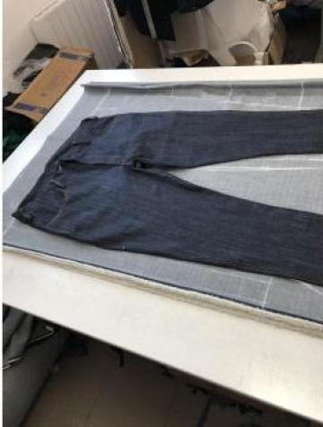 Pantaloni din blugi - denim