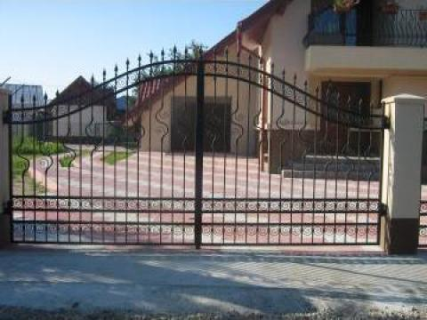 Poarta acces auto din fier forjat PO 090