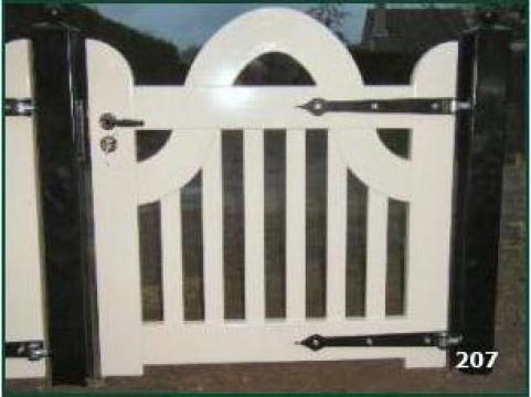 Porti, portite si garduri din lemn