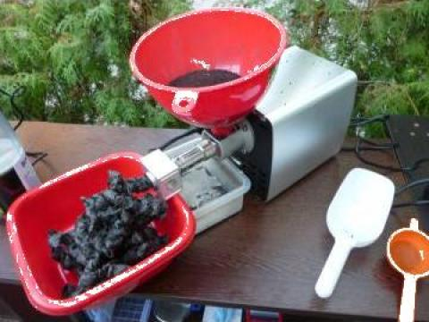 Presa de ulei la rece - negrilica (chimen negru Baraka)