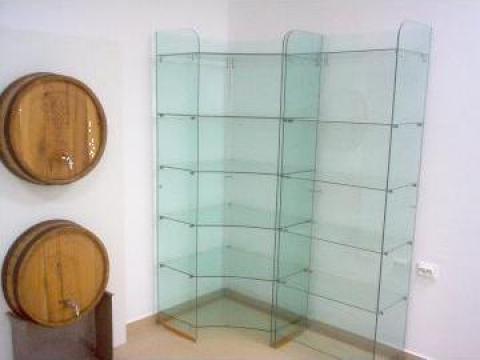 Rafturi de sticla pentru magazine