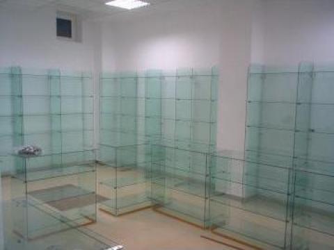 Rafturi sticla spatii comerciale