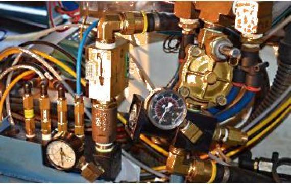 Servicii de reparatii tehnologii de prelucrat tabla
