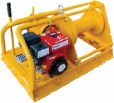 Troliu electric cu motor diesel 750 Kg
